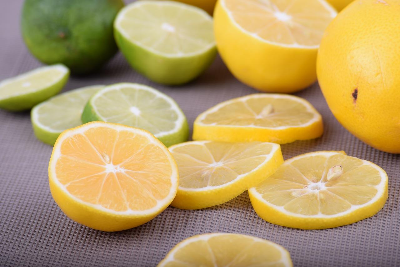 Кожура лимона: польза и вред, можно ли есть