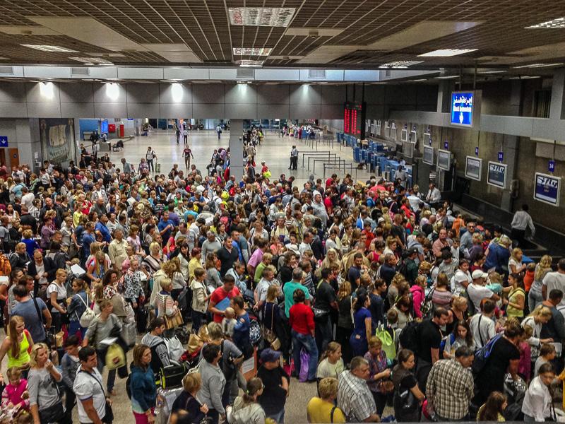 Как подразделяется эвакуация населения по длительности проведения?