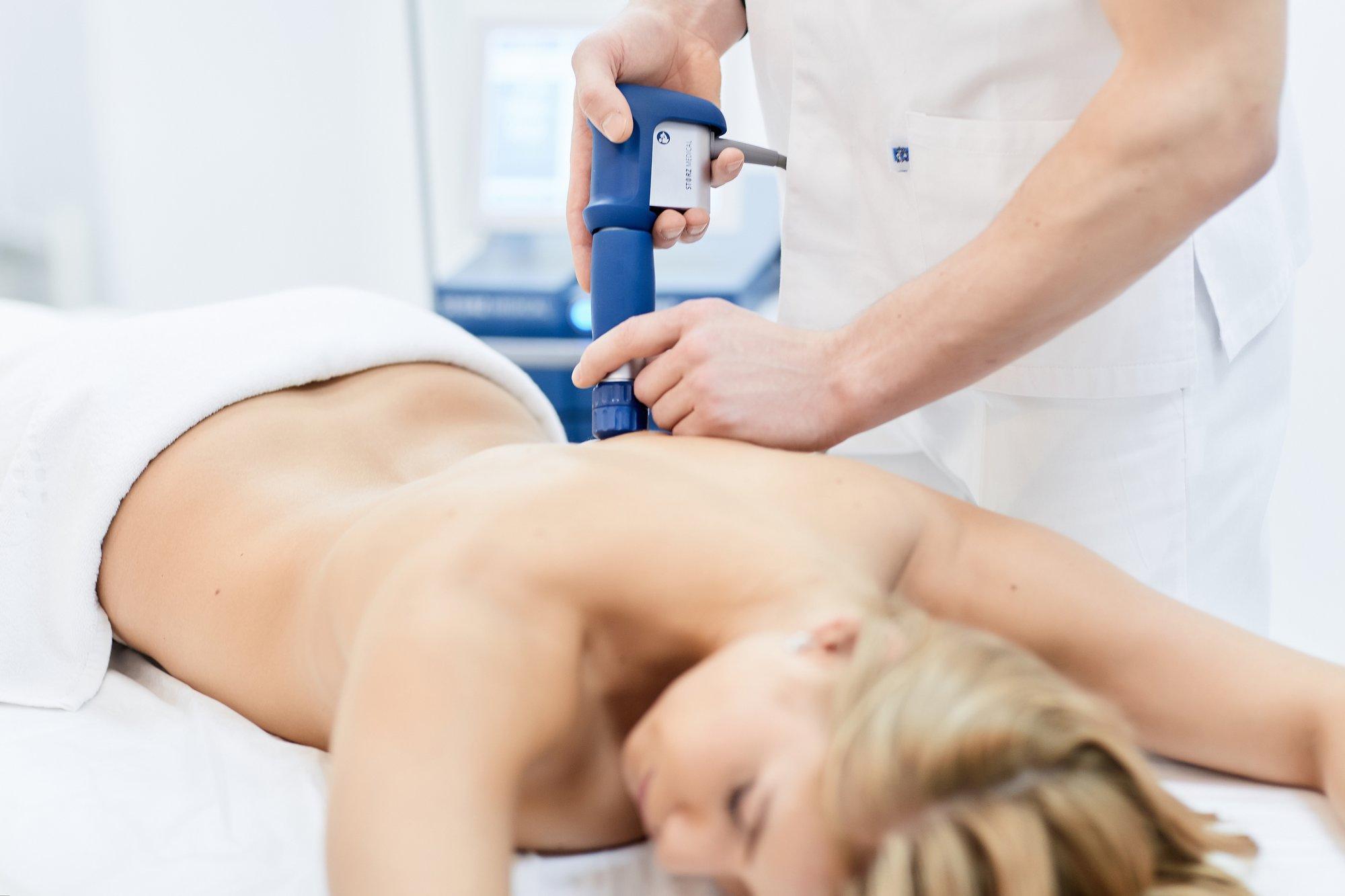 Ударно-волновая терапия - показания для лечения заболеваний и противопоказания, стоимость и отзывы