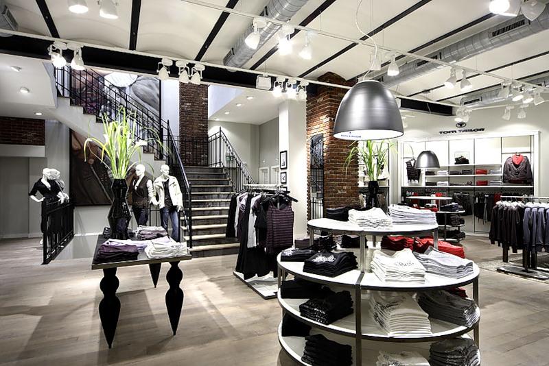 Отличия между шоурумом и магазином одежды, бутиком