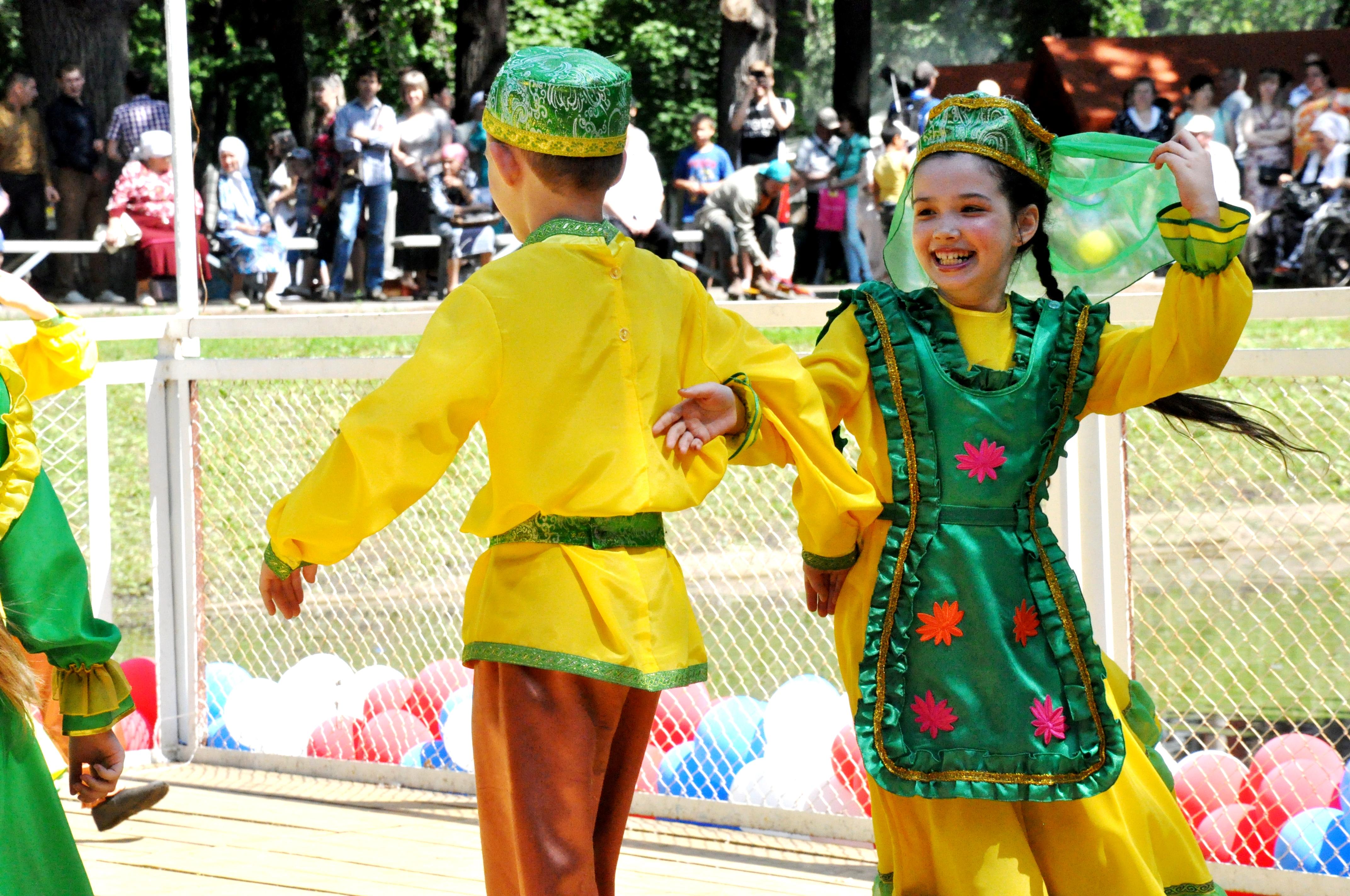 Всероссийский сабантуй в крупнейшем татарском селе мира — реальное время