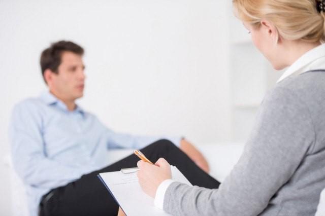 Сутяжничество: причины, симптомы и методы лечения