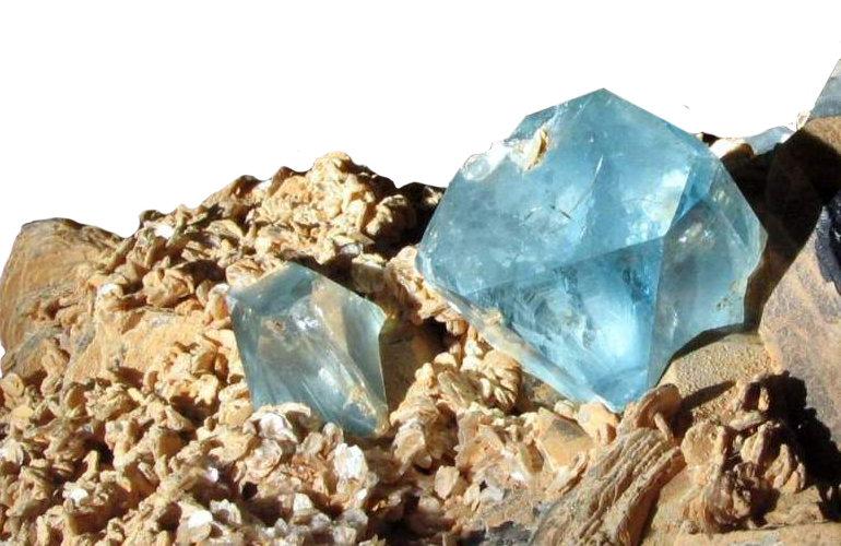 Камень одиночества— топаз, какими магическими ицелебными свойствами онобладает