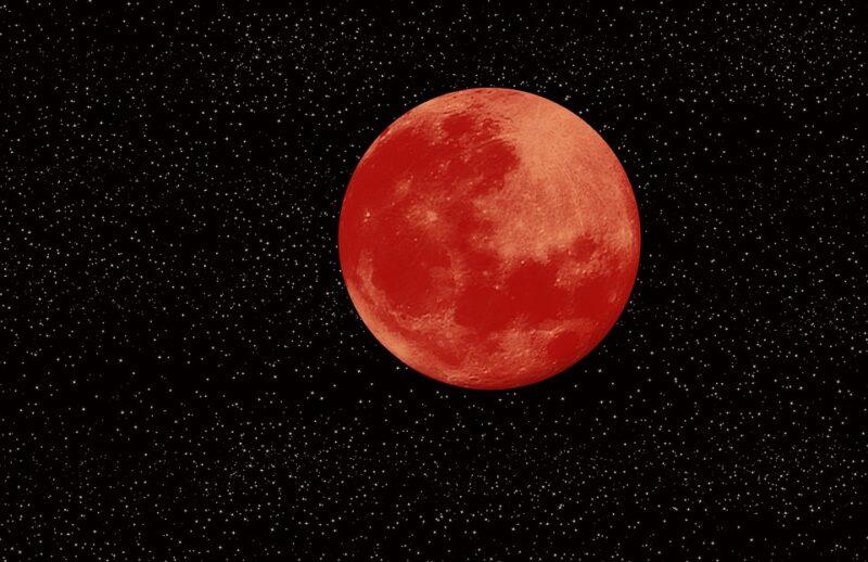 Кровавая луна — объяснение явления, приметы и суеверия