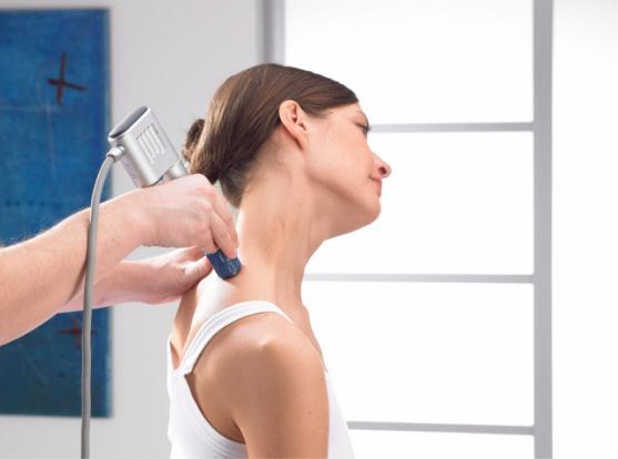 Ударно-волновая терапия: что лечит, польза и вред