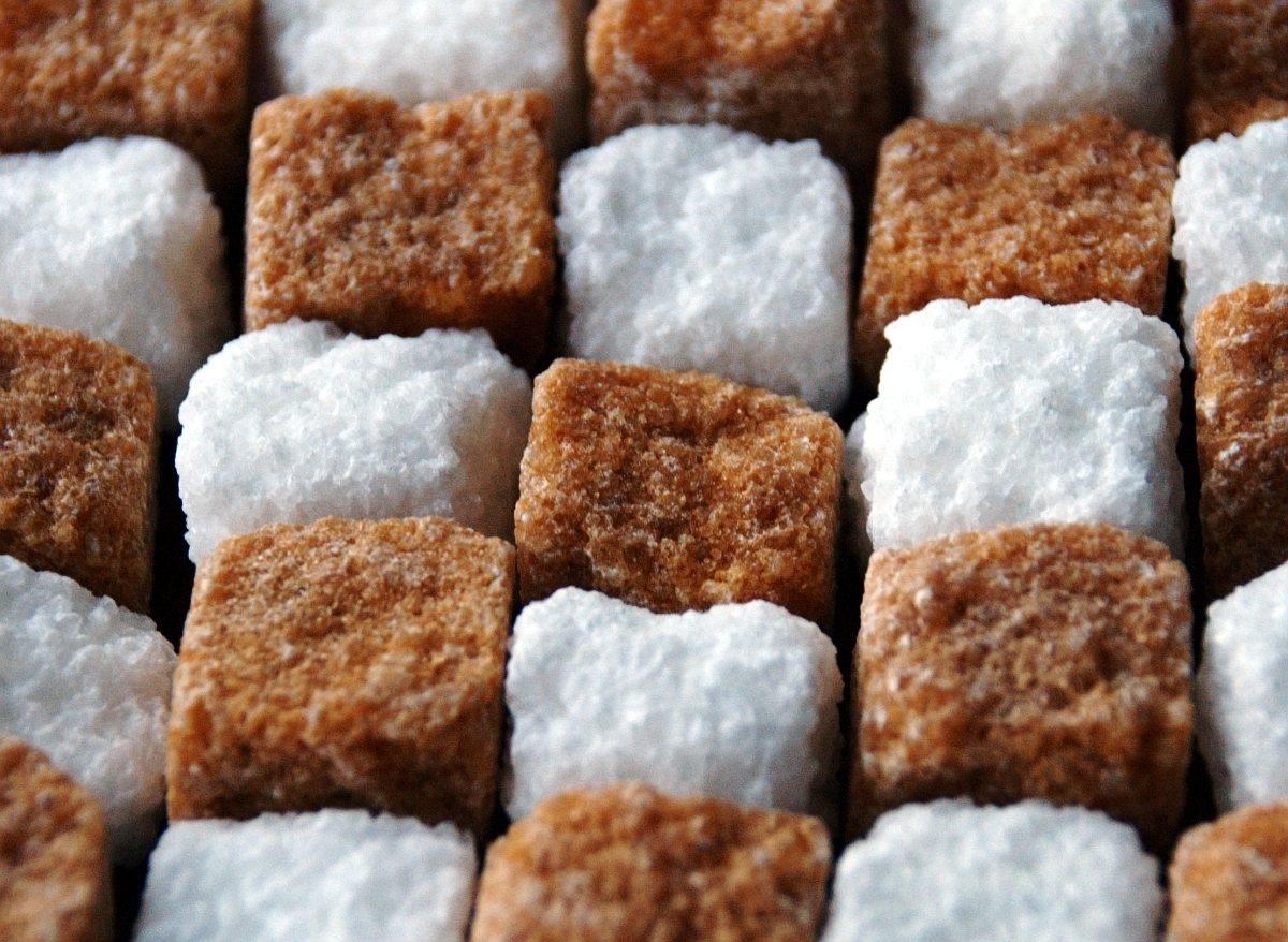 Чем вреден сахар - почему он сладкая смерть и чем его заменить