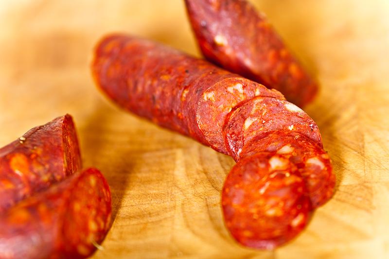 Испанские колбаски чоризо (chorizo)
