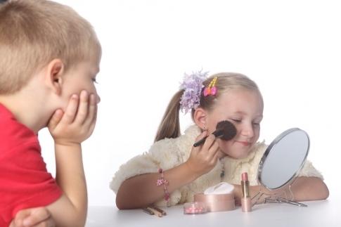 Переходный возраст у девочек. симптомы, со скольки лет, как вести себя родителям