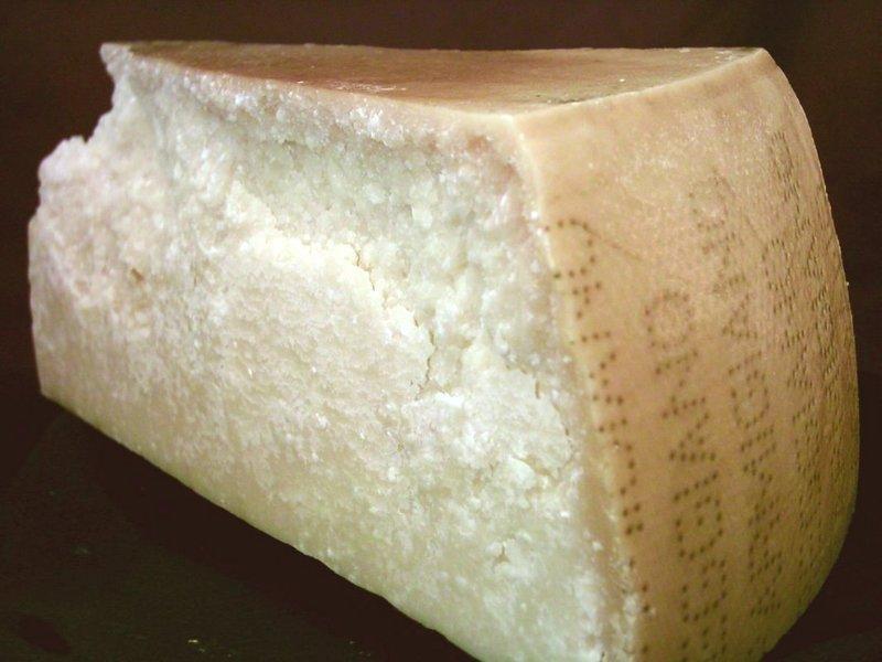 Пармезан-уникальный сыр италии. история пармиджано-реджано и его производство