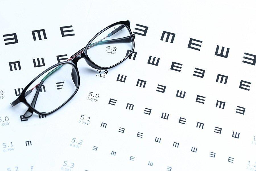 """Острота зрения 1,0: что это означает? - """"здоровое око"""""""
