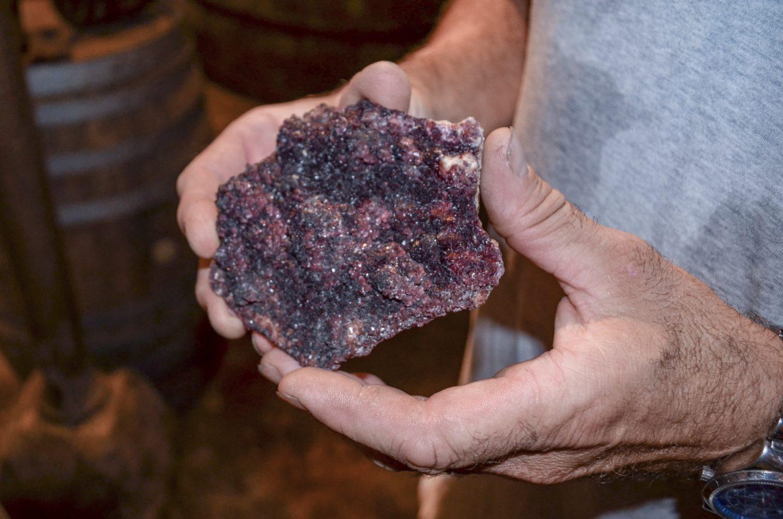 Всё про винный камень: что это такое, для чего как его использовать и чем заменить