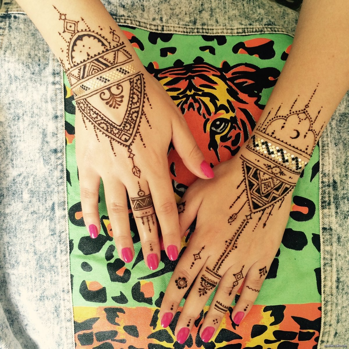 Рисунки хной на теле, роспись мехенди на животе и груди, хна для рисования на теле и росписи по коже
