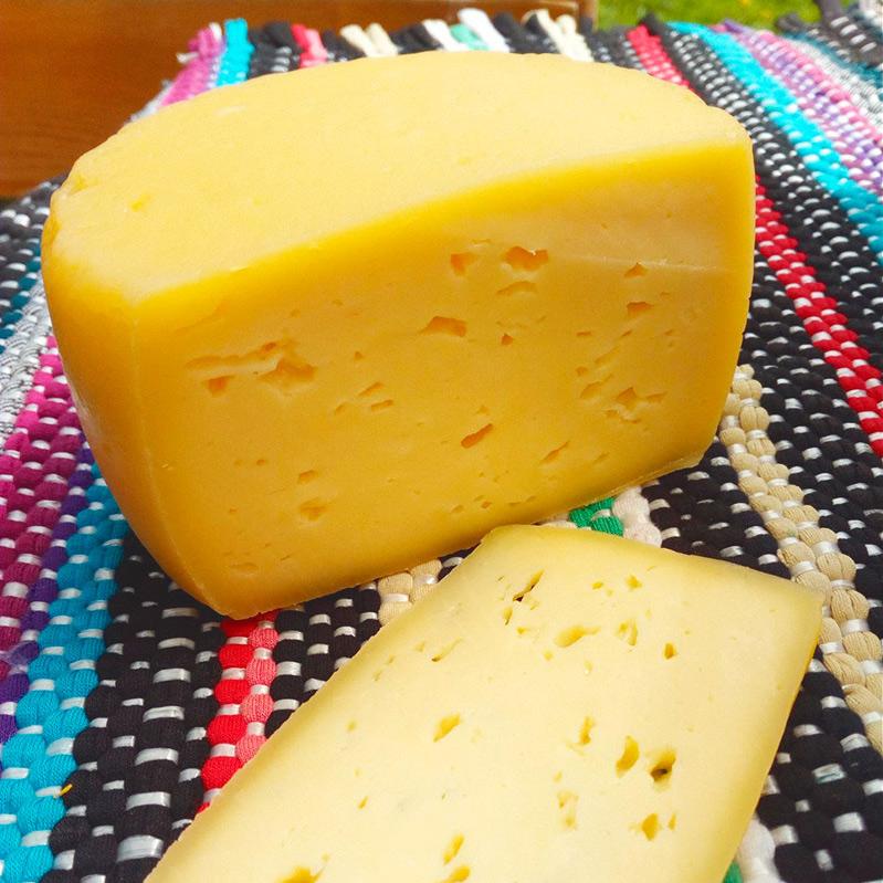 Сыр пармезан: состав, польза и вред, виды пармезана