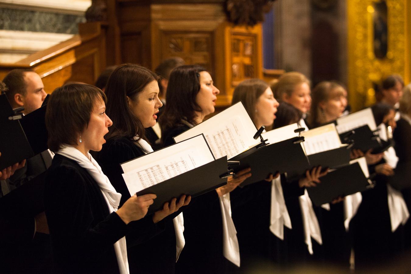 Что такое духовная музыка: отличие от светской, определение, жанры, сюжеты и образы