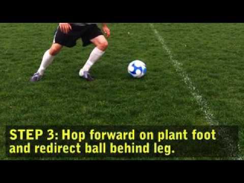 Как научиться обманным движениям финтов в футболе – техники обучения   footbolno.ru