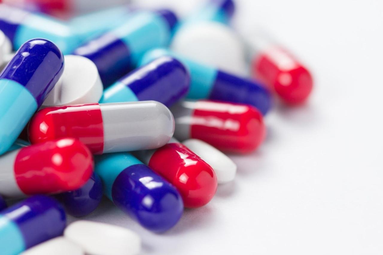 Как работают антибиотики и из чего они делаются