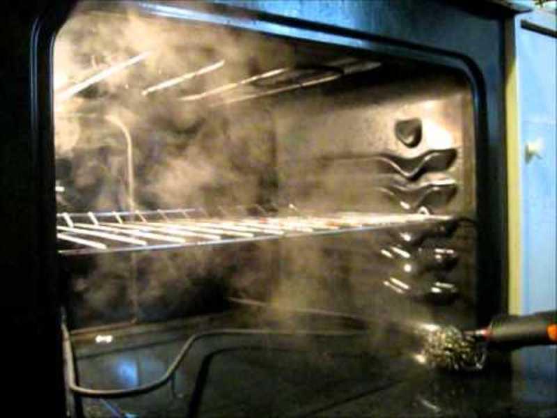 Какую духовку выбрать с каталитическим или пиролитическим способом очистки?