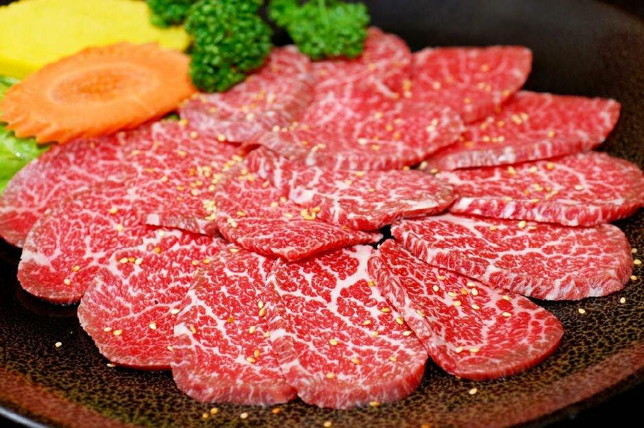 Как приготовить мраморную говядину и что это за мясо, рецепты с фото