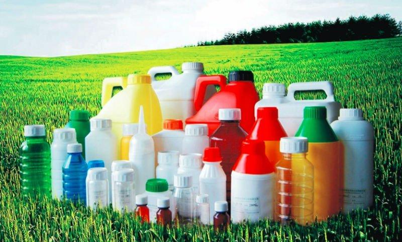 Пестициды - классификация, правила применения, вред и польза
