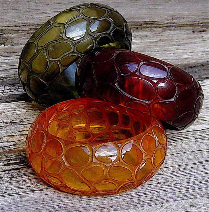 Что это такое - бакелитовые бусы: особенности украшений из бакелита.   категория статей на тему бусы