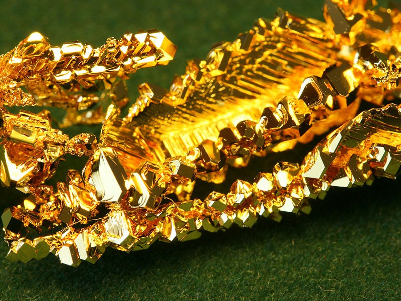 Особенности, температура и способы плавления золота