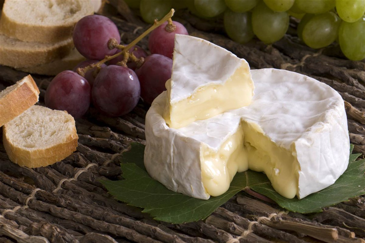 Сыр камамбер: полезные свойства и рецепты с сыром камамбер :: syl.ru