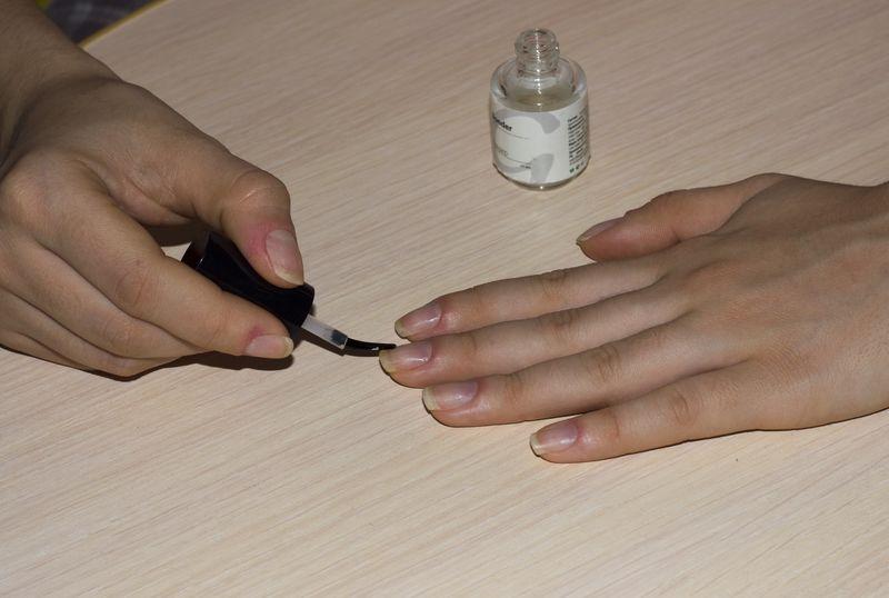 Дегидратор для ногтей: что это такое