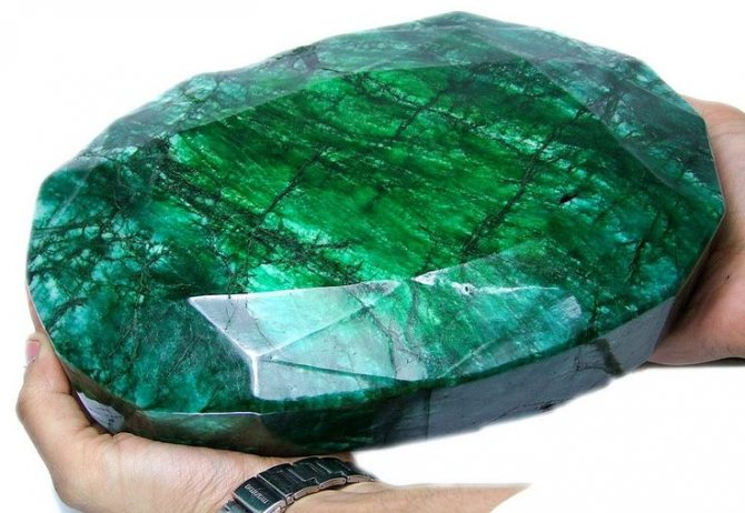 Что такое гидротермальный изумруд или нано изумруд?