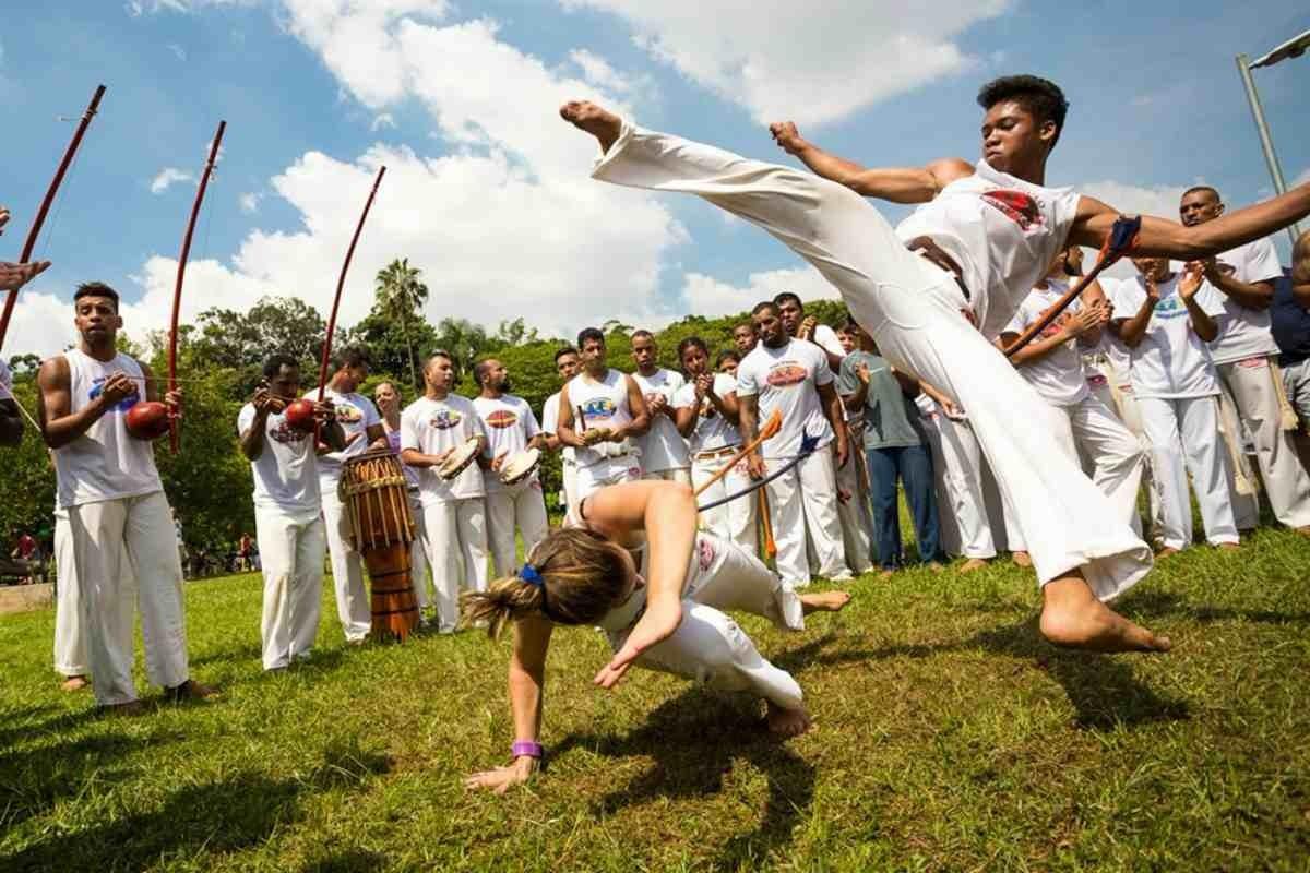Капоэйра - что это, боевое искусство или танец?