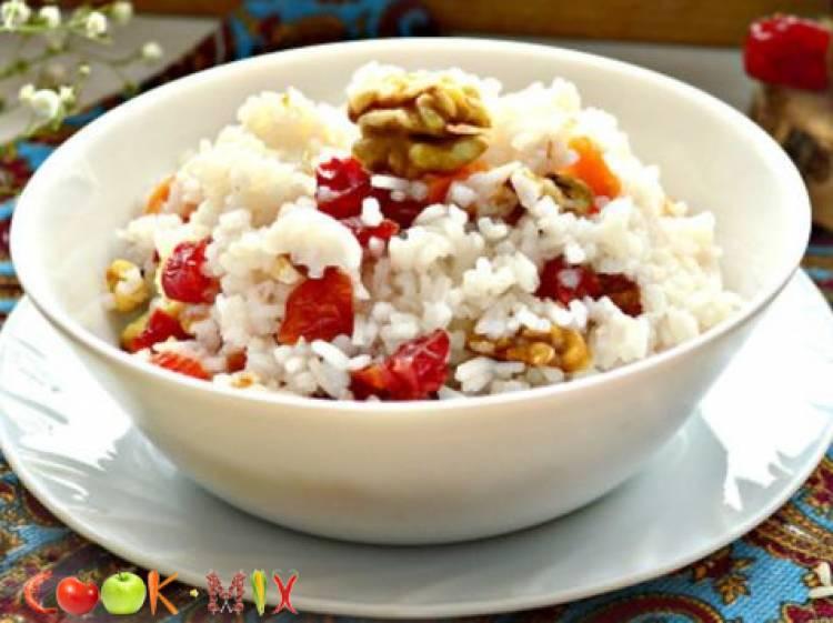 Как сварить кутью из риса и изюма по поминальному рецепту