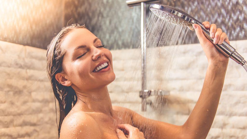 Контрастный душ, польза и как правильно принимать