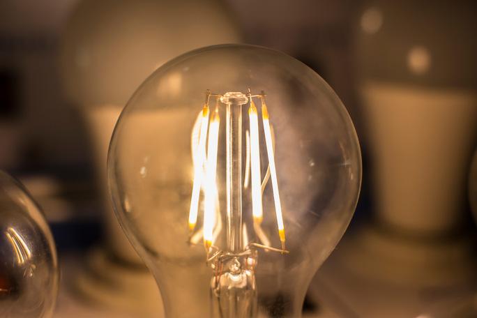 Что выбрать led лампу или уф лампу? чем они отличается и какая лучше