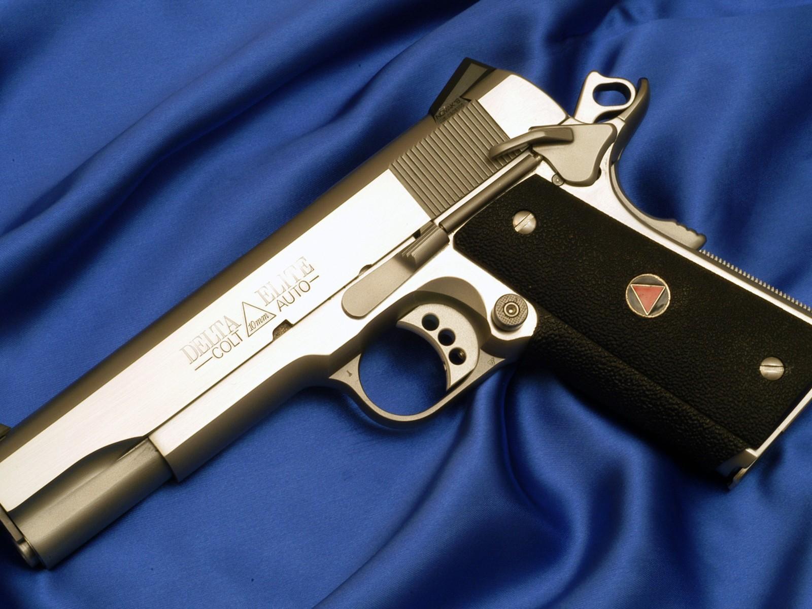 Страйкбольный пистолет: что такое, сколько стоит, модели