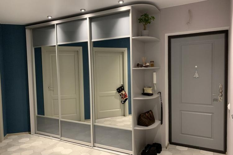 Как выбрать идеальный шкаф-купе: виды конструкций, материалы, полезные советы