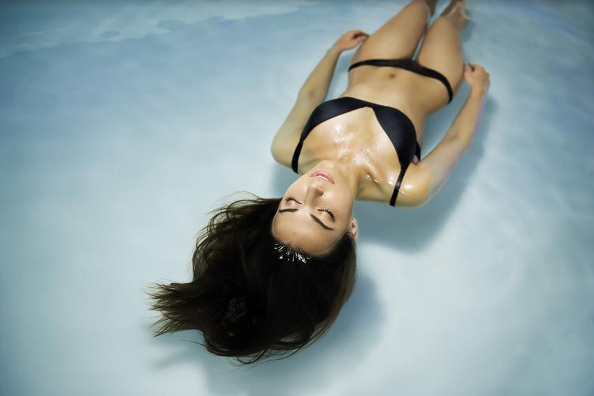 Флоатинг: что это такое, польза плавания, противопоказания