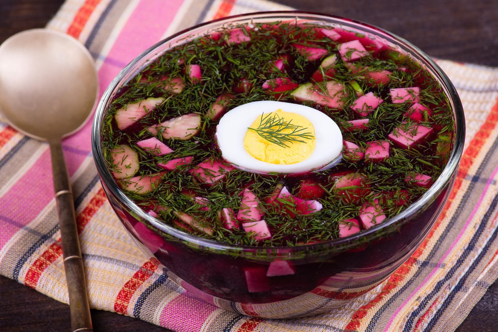 Ботвинья и свекольник – классические и новые рецепты любимых супов