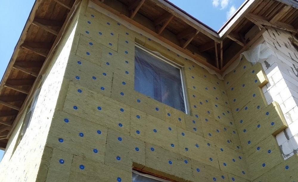 Технология мокрого фасада: утепление и декорирование стены