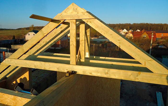 Стропильная система двухскатной крыши: устройство, узлы