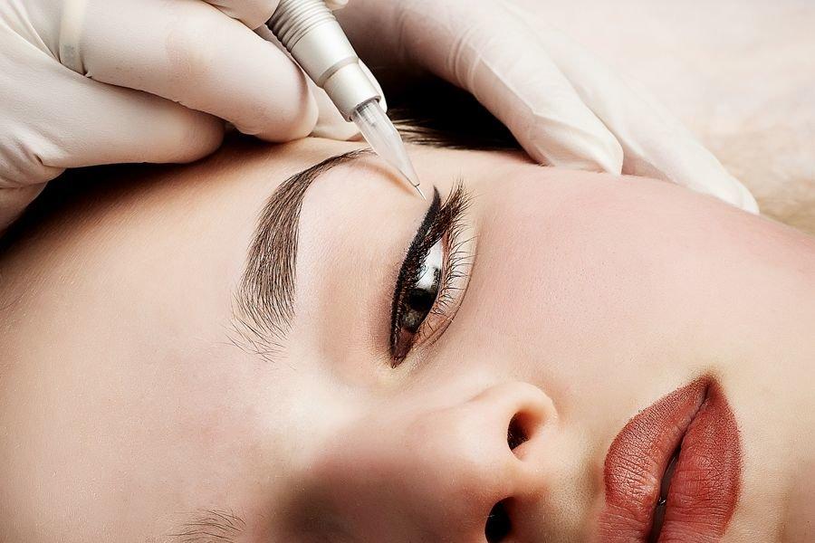 Перманентный макияж губ: что такое, подготовка, как выглядят