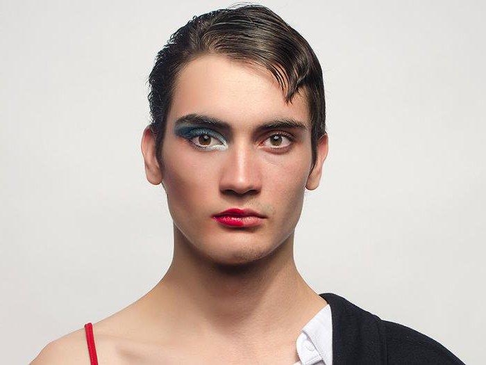 Как стать транссексуалом женщине и мужчине: гормонотерапия и операция по смене пола, чем транссексуализм отличается от трансвеститов.