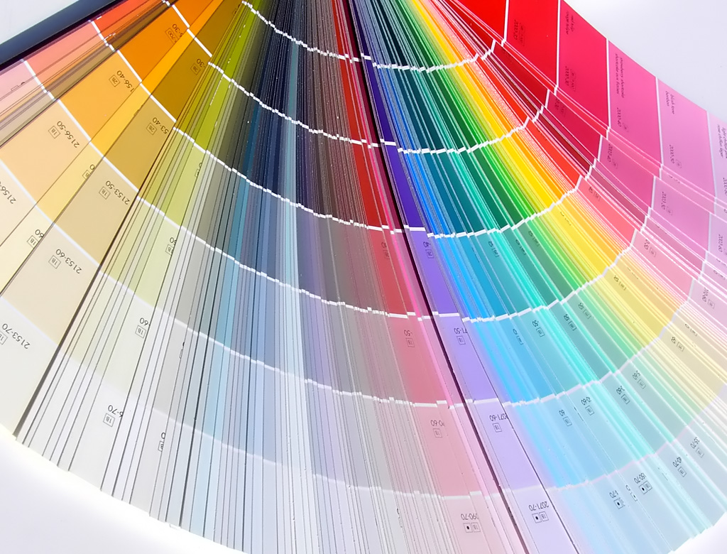 Краска и эмаль: в чем отличие