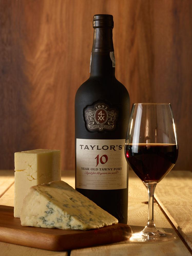 Портвейн: классификация и критерии выбора португальского вина