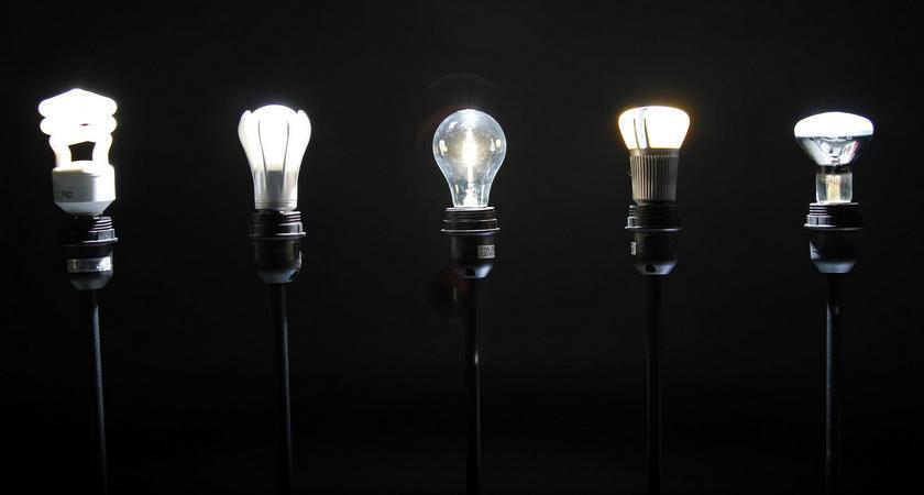 Почему «лампочка ильича» так называется