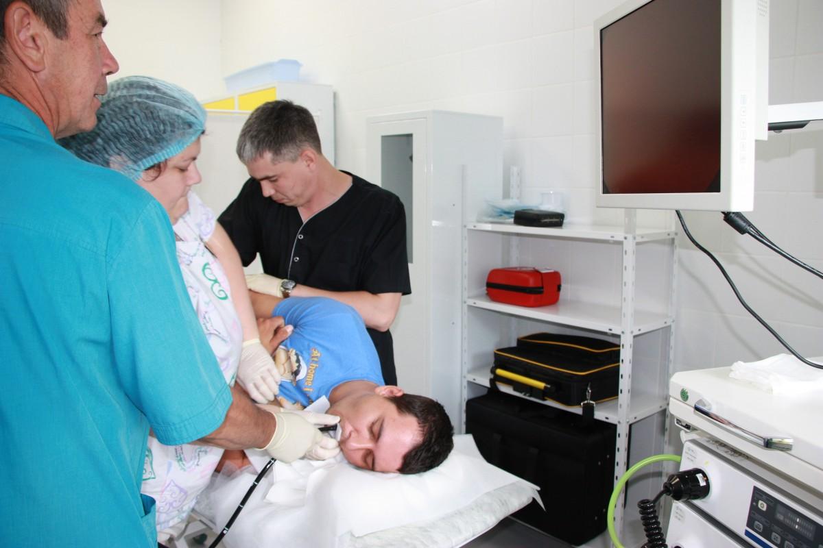 Что такое фгдс, показания к обследовнию, как подготовится и как делается процедура, видео