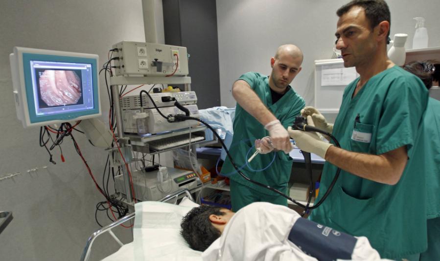 Можно ли делать гастроскопию и колоноскопию в один день под наркозом — подготовка и проведение