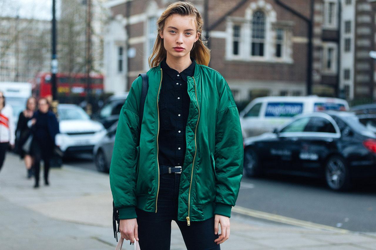 Мужская куртка-бомбер: современный стиль на фото