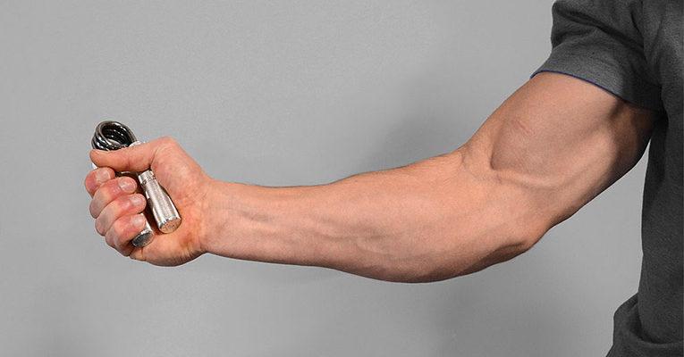 Виды эспандеров - разновидности для всех групп мышц (кистевой, плечевой, бабочка)