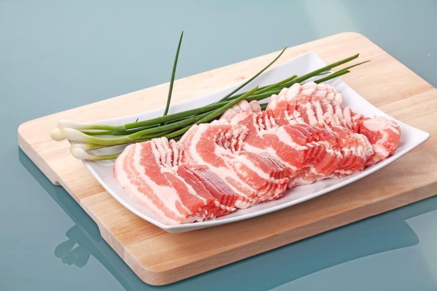 7 простых и вкусных блюд из бекона | brodude.ru